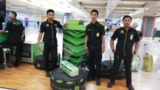 Jasa Pembungkusan Bagasi di Bandara Internasional Sultan Hasanuddin Makassar 1