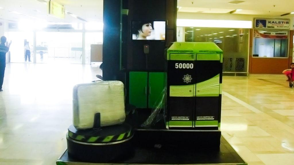 Jasa Pembungkusan Bagasi di Bandara Internasional Sultan Hasanuddin Makassar 3