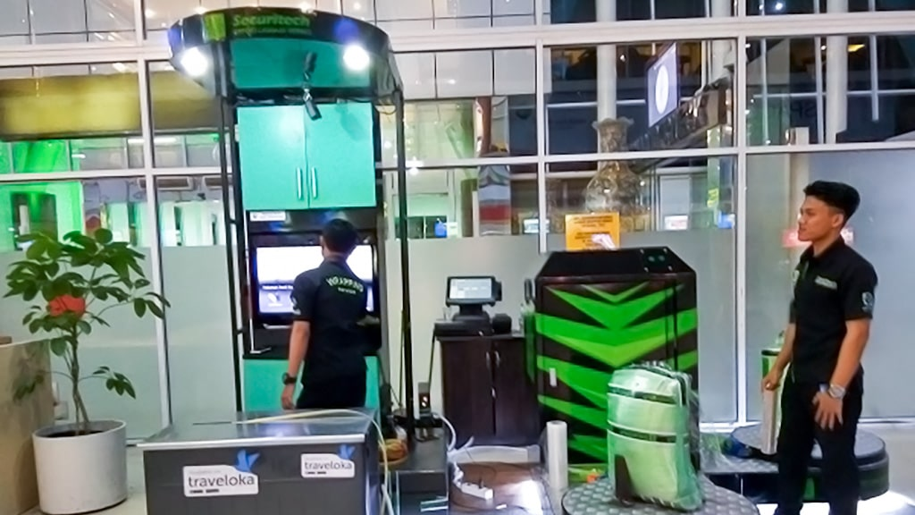 Jasa Pembungkusan Bagasi di Bandara Internasional Sultan Syarif Kasim II Pekanbaru 1