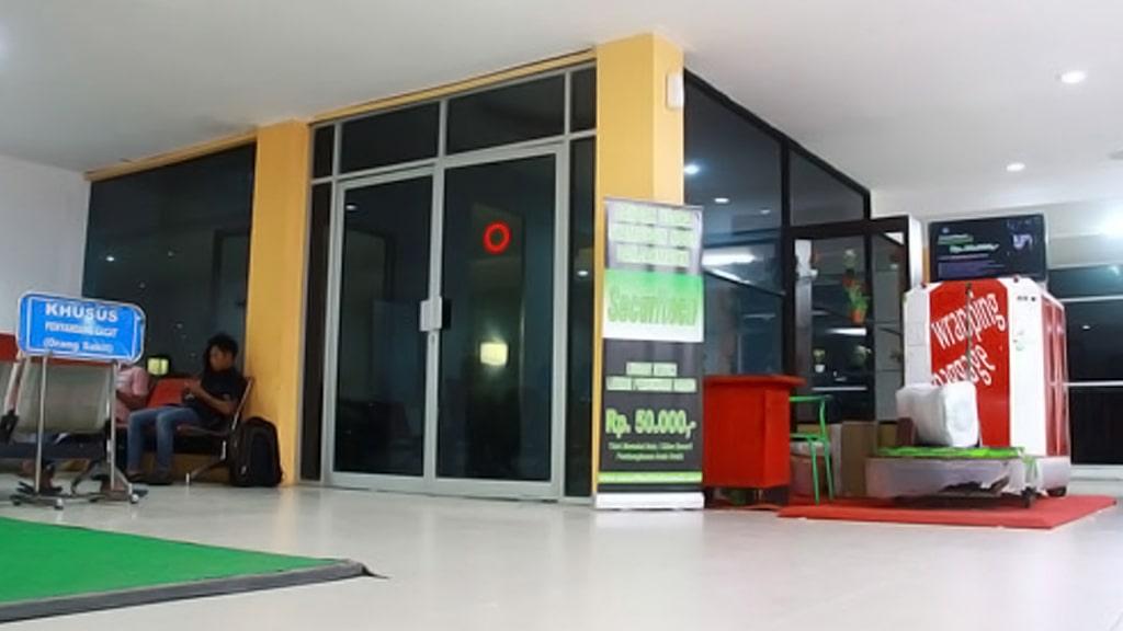Jasa Pembungkusan Bagasi di Bandara Internasional Syamsudin Noor (BDJ) Banjarmasin 3